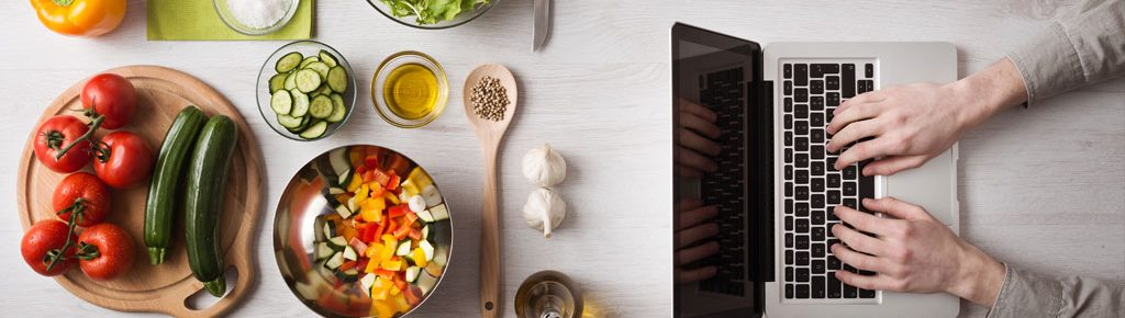 How to Manage Food Delivery without Online Food Aggregators